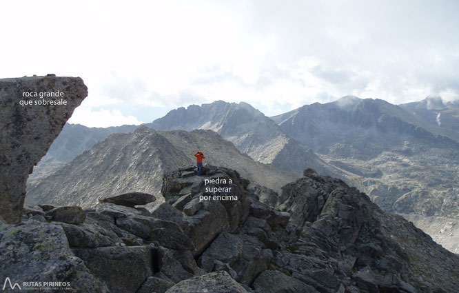 Pic de Peguera (2.983m) i pic de Monestero (2.877m) 2