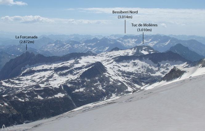 Maladeta Oriental (3.308m) i pic Abadías (3.271m) per la Renclusa 2