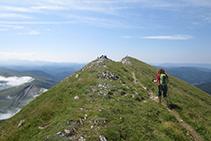Caminant per la cresta fins a la cota S de l´Ori.