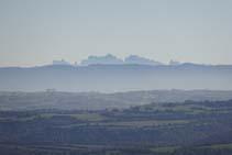 Vistes a Montserrat des d´un dels miradors del castell.
