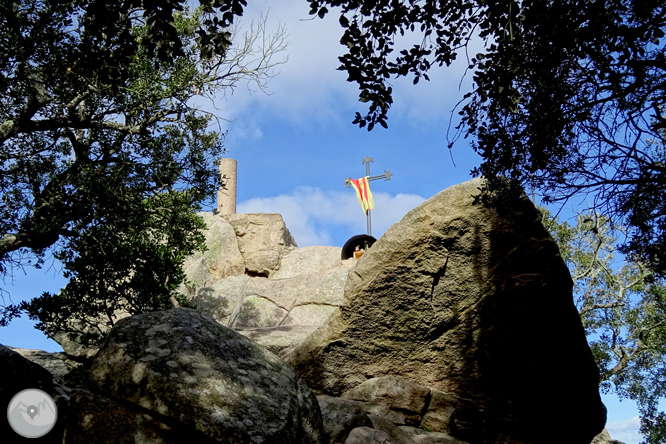 Puig de Cadiretes (519m) a l