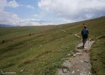 Al fons ja veiem la Collada de Fontalba, punt d´inici i final de la ruta.
