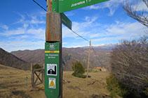 Senyal indicador sortint de la canal dels Ganxos.