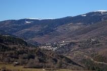 Vistes a la vall del Rigard i Planoles.