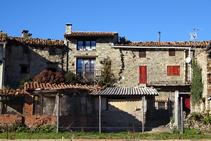 Cases al poble de Campelles.