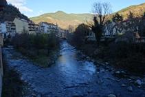 Puente sobre al río Freser en Ribes de Freser.