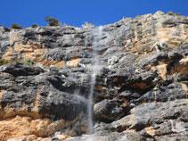 Parets mullades de Roca de Canalda