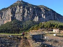 Panoràmica de Roca de Canalda des de les Saleres