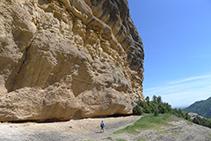 Rodegem la Roca del Corb.