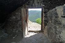 Porta de la Casa del Corb.