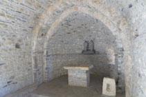 Altar de l´ermita dels Sants Juan i Pablo.