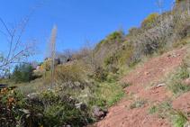 Ens enfilem directament cap a les primeres cases de Llagunes (al fons).
