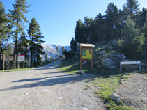 Pàrquing i punt d´inici de la Ruta del Trencapinyes.