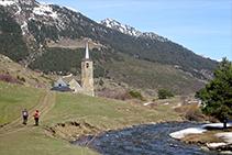 La Noguera Pallaresa i el santuari de Montgarri.
