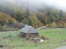 Cabana des Artiguetes a uns 1.550m d´altura, just al costat del Plan des Artiguetes.