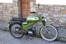 Antiga motocicleta encara en ple funcionament.