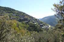 Vista a Aixirivall des del camí de la Solana.