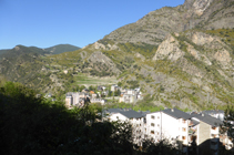 Vista de Sant Julià mirant cap a coll de Jou.