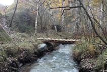 Pont sobre el barranc de Llagunes.