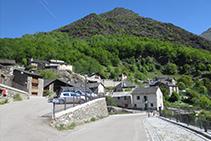 Entrada del poble de Capdella.