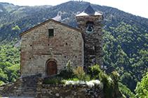 Església parroquial de Sant Vicenç, a la part alta de Capdella.