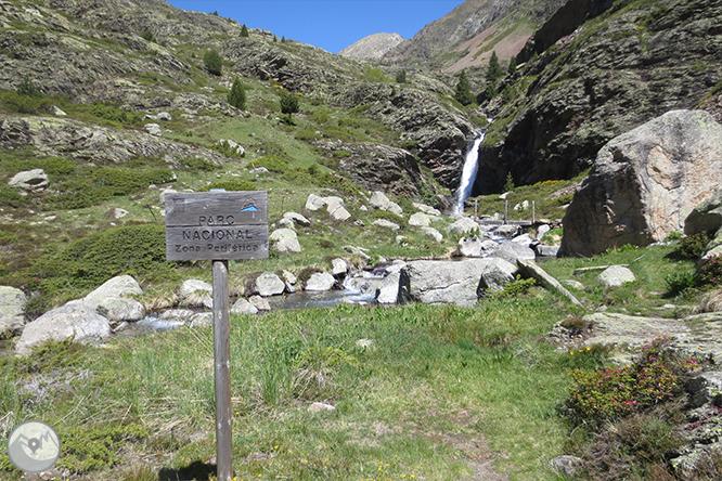 Vall de Riqüerna i camí de Rus des de Capdella 1