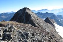 Vistes de tota la cresta que hem fet des del Vignemale fins al pic Clot de la Hount.