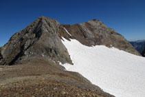 Pic Clot de la Hount i Pique Longue des del coll de Cerbillona.