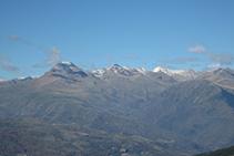 El Montsent de Pallars i les muntanyes de la capçalera de la vall Fosca.