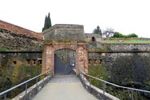 Porta d´entrada al castell (fora de ruta).