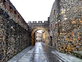 Volta al castell d�Hostalric