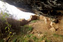 Balma del Corral de Bastida.