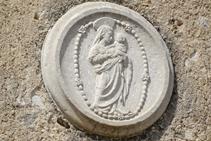 Detall de Santa Maria de Salitja.